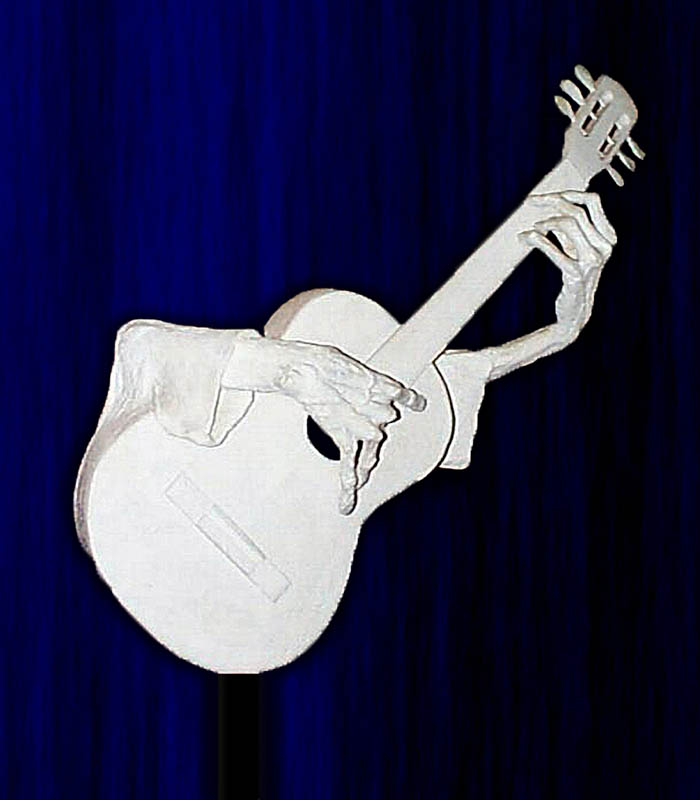 gideon_sculpture_guitar